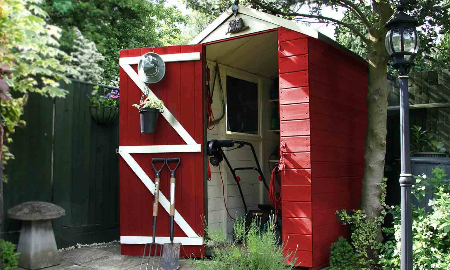 Save from 5% on Garden Sheds