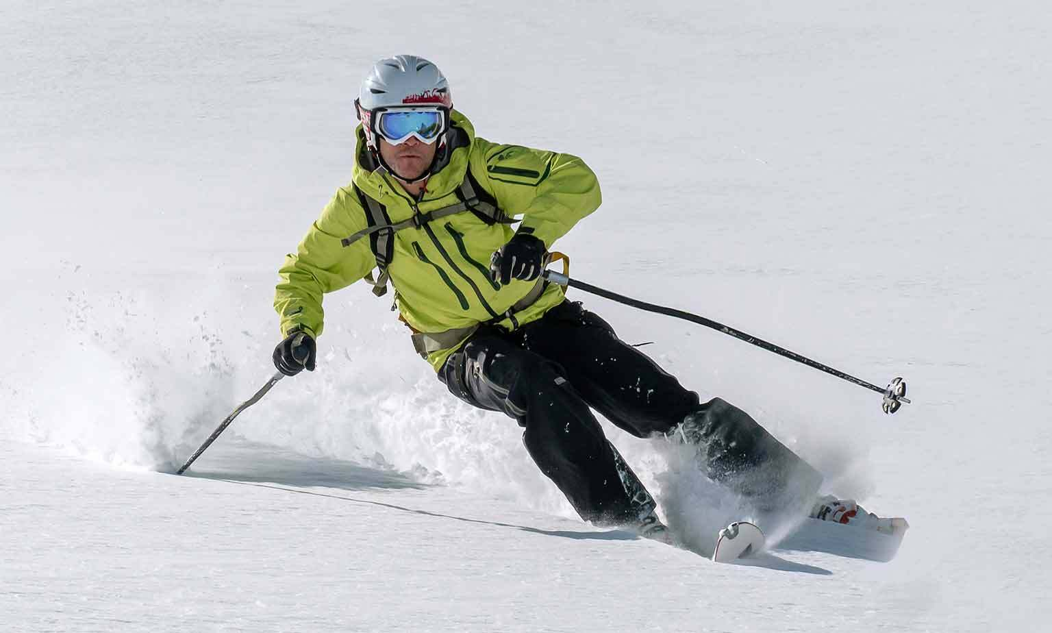 Pre-Owned Skiing & Snowboarding