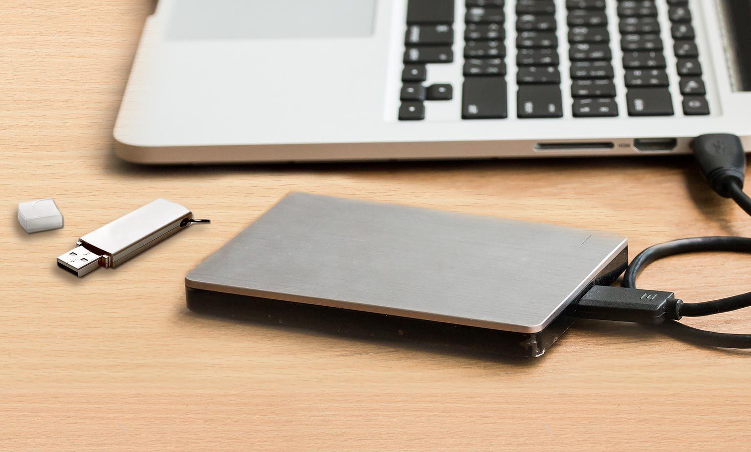 Festplatten & Laufwerke gebraucht