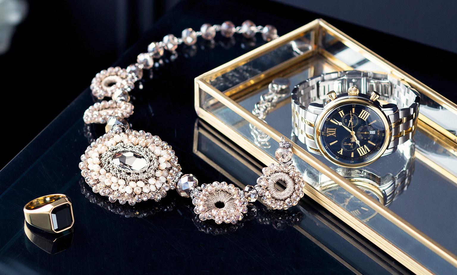 Uhren und Schmuck mit Echtheitszertifikat