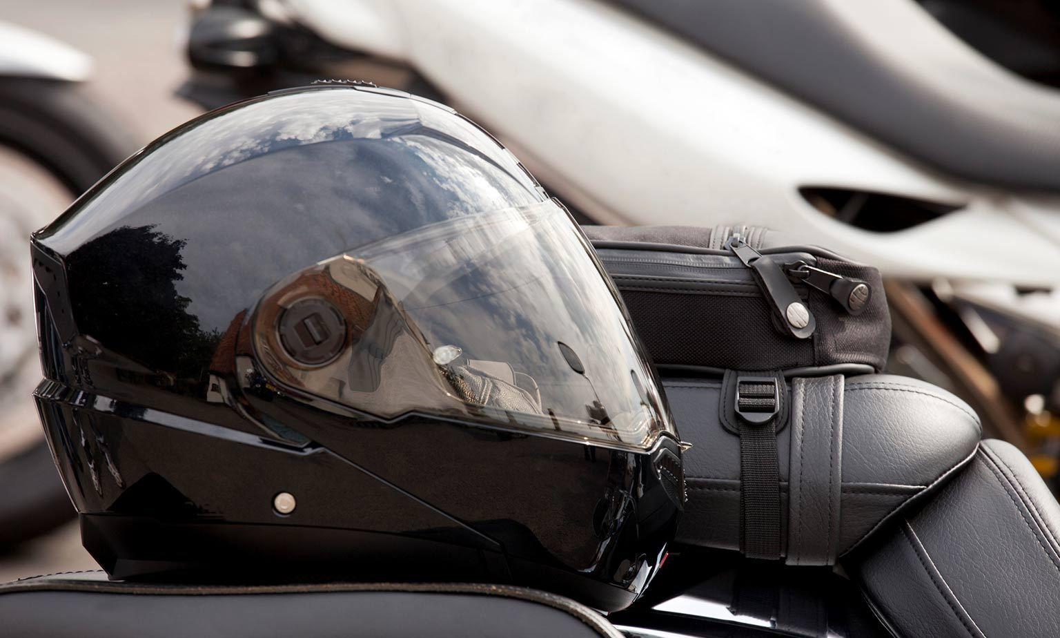 Motorradhelme bis zu -50 % ggü. EVP