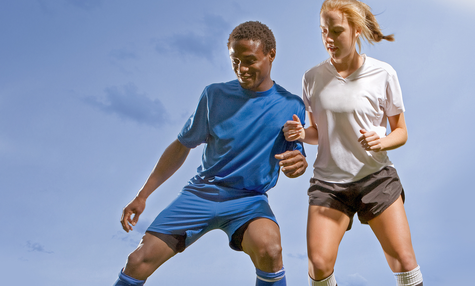 Am Ball bleiben mit aktueller Sportswear