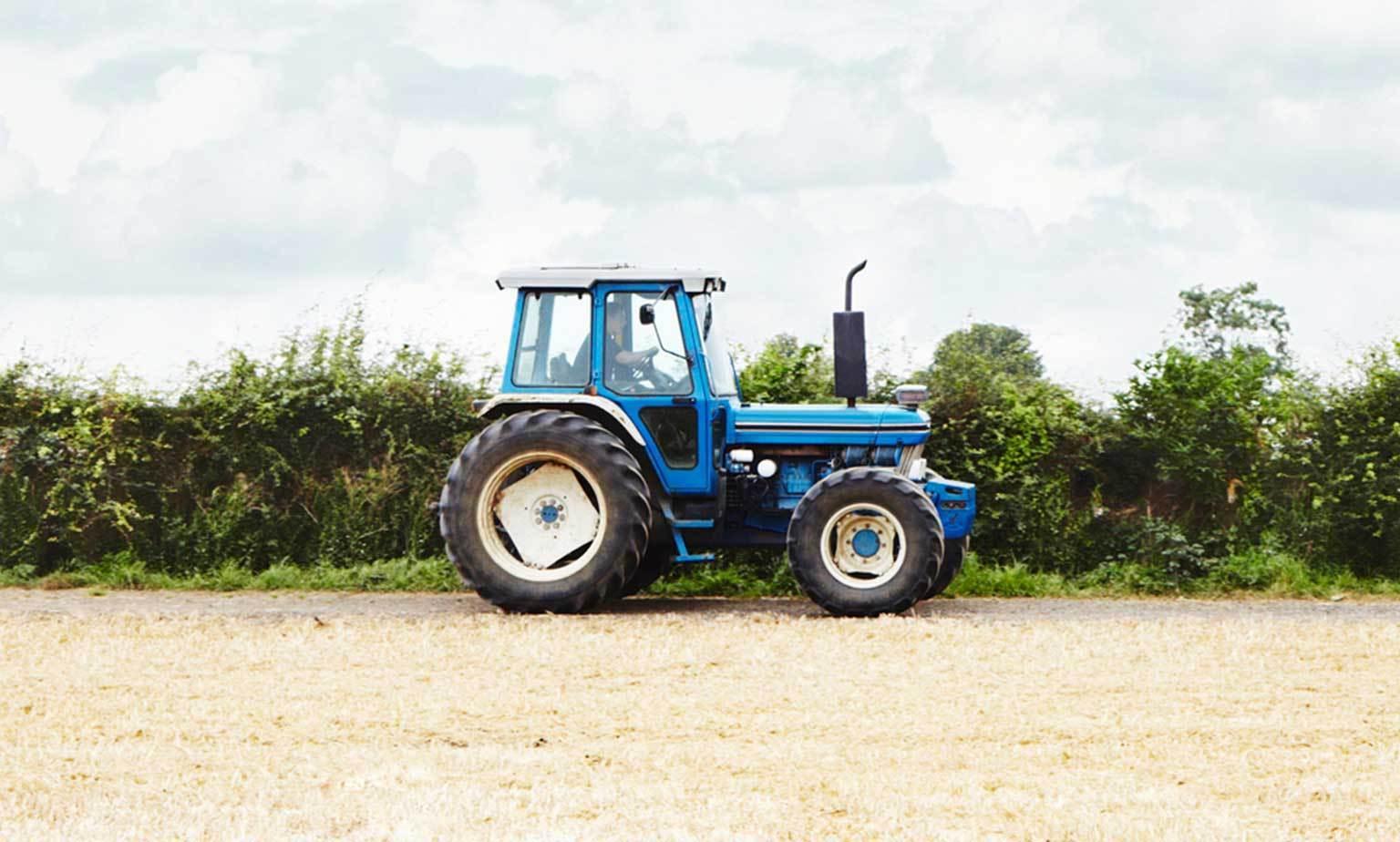 Nutzfahrzeuge & Traktoren aus 2. Hand