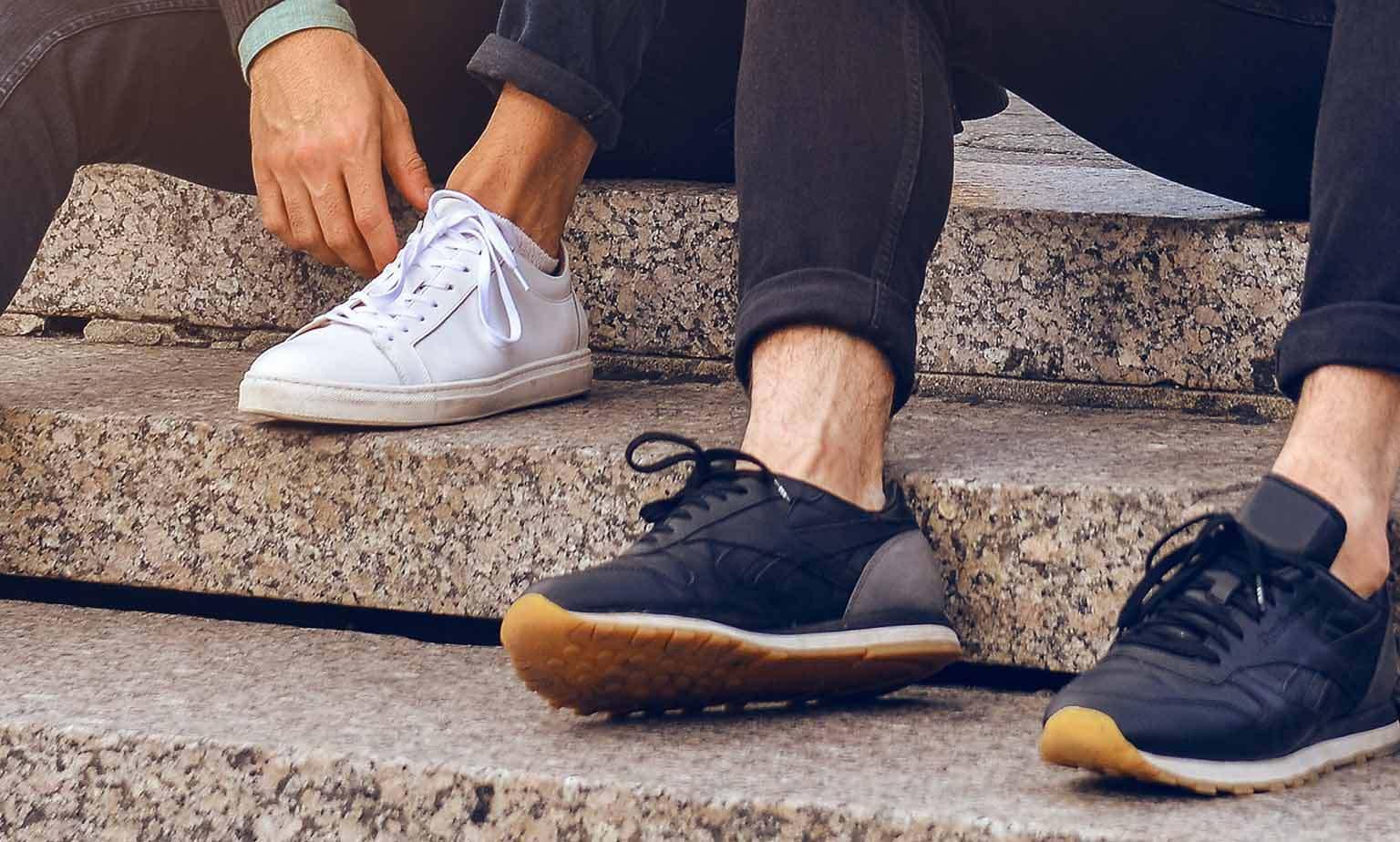 Sneaker bis zu -50% ggü. UVP