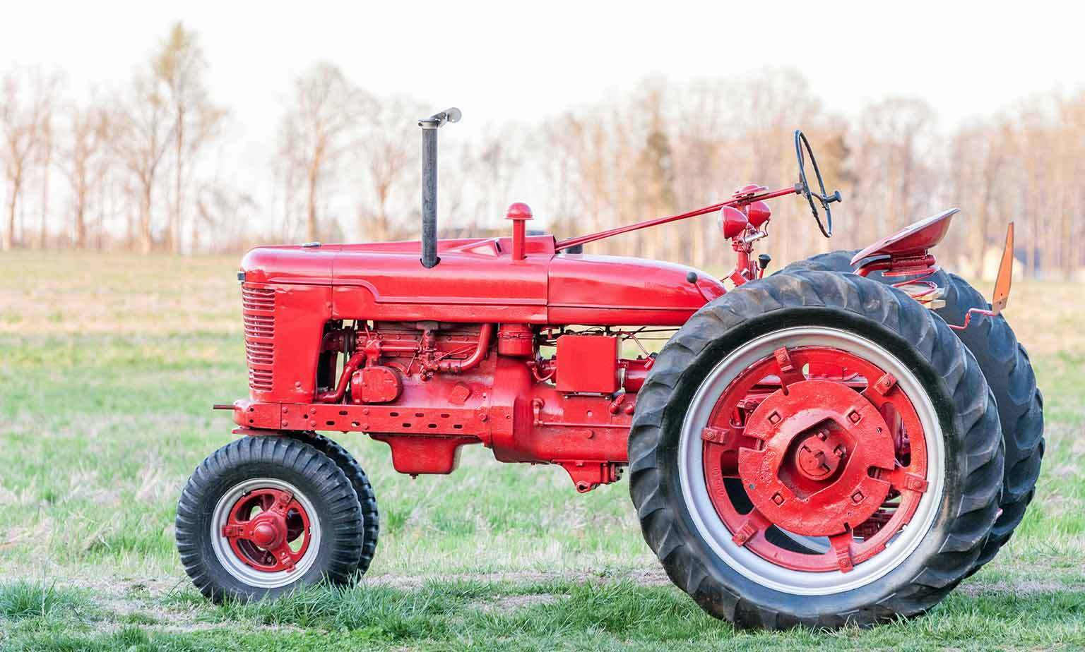 Tractors and Parts for Farmall, John Deere and Allis Chalmers