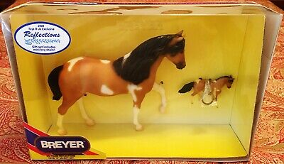 "NIB - Vintage 2000 Breyer #730300 ""Reflections"" gift set with Keychain"
