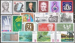 BERLIN Joli lot de 19 timbres neufs** TB cote 20€ des années 70 (60ct de port) - Fléville devant Nancy, France métropolitaine - BERLIN N 387, 390/92, 404/6, 434, 446, 457, 472, 478, 480, 485/7, 492/4. Tous en séries compltes. Timbres de 1972 1976. Cote 20,80€. Livraison dans les 24 heures qui suivent le rglement (sauf samedi) Ré - Fléville devant Nancy, France métropolitaine
