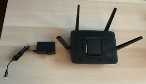 Linksys ES8300 router for sale - Like New!