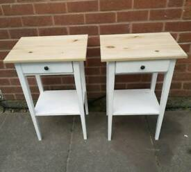 Pair of matching tables/units