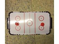 Mini air hockey toy