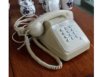 SUPERB OLD FRENCH TABLE TELEPHONE FROM 1985 WITH WATCH RECEIVER. A GALLIC CHARMER! vintage