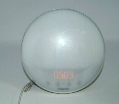 Philips HF3520 Wake-Up Light With Colored Sunrise Simulation Alarm Clock & Radio