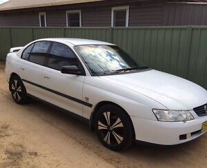 03 vy Holden commodore (may trade for a 4wd) Inverell Inverell Area Preview