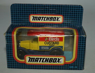 Matchbox MB44H-01 Ford Modell T Van Birds Vanillepudding (MIB) ()