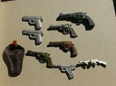 Vintage Lot of 7 Small Solid Metal Toy Pistols Guns and 1 Plastic Pistol