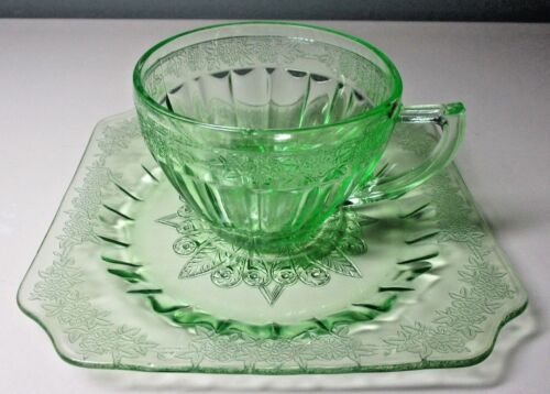 """JEANNETTE GLASS CO. Depression Glass """"ADAM GREEN"""" ROUND CUP & SQUARE SAUCER"""