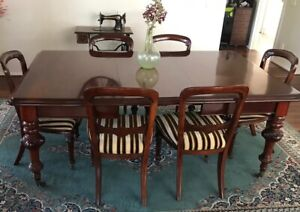 Extendable dining table Laverton Wyndham Area Preview
