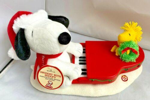 Hallmark Swingin with Snoopy Lighted Piano Musical Plush sounds READ DESCRIPTION