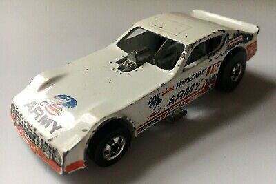 VTG 1977 HOT WHEELS DON SNAKE PRUDHOMME ARMY PLYMOUTH FUNNY CAR HONG KONG