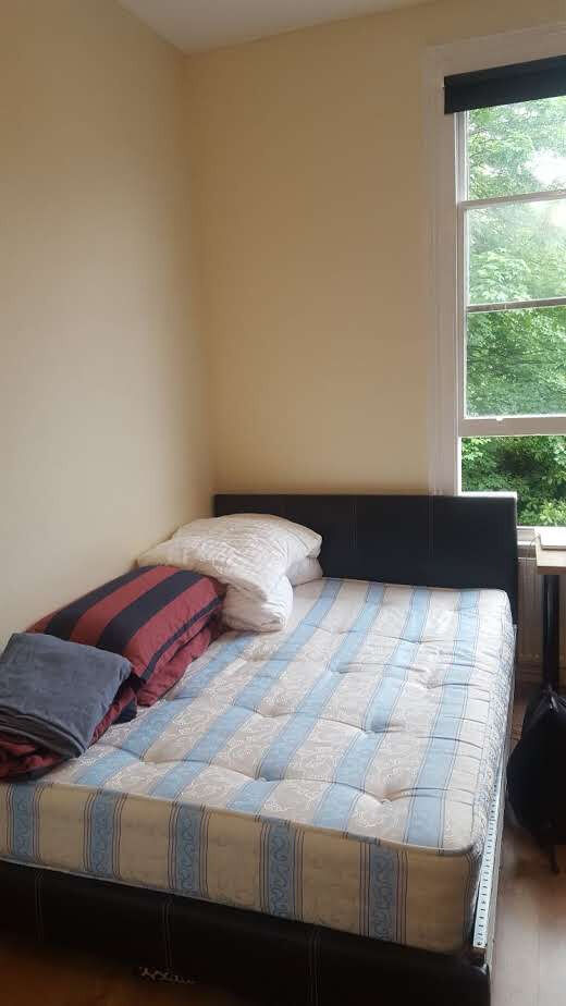 £230 / w - Double studio on Shepherds Bush Road close to Westfield Shopping centre