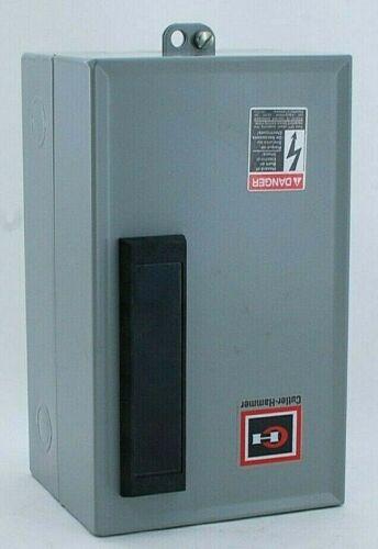 Eaton Cutler-Hammer ECL03B1A2A Lighting Contactor
