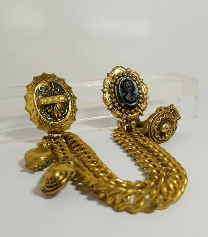 "Antique Victorian Fur Clip And Chain 6"" chain. Cameo"