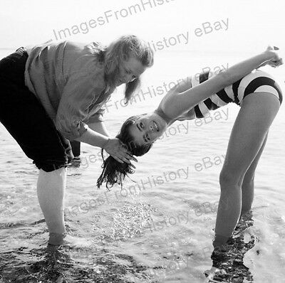 8x10 Print Brooke Shields & her Mother 1980's #BS18