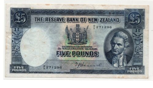NEW ZEALAND 5 POUNDS  CAPTAIN COOK HANNA SIGN  ND 1940-55 *SCARCE* P160