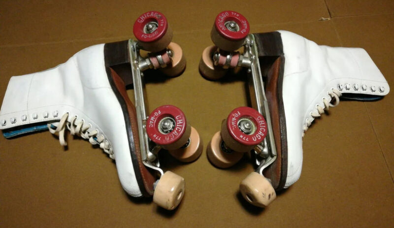 Vintage Womens Betty Lytle white Roller Skates Chicago Wheels Fo-Mac 77h Size 7N