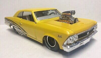 Maisto 1:24 Scale Custom Shop 1966 Chevy Chevelle SS 396