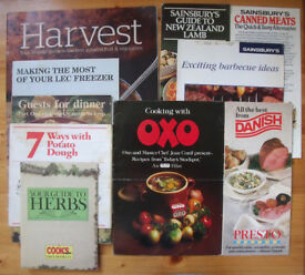 10 vintage (1980s onwards) food promotional/cooking leaflets/books. Oxo, Danish bacon, etc. £2lot