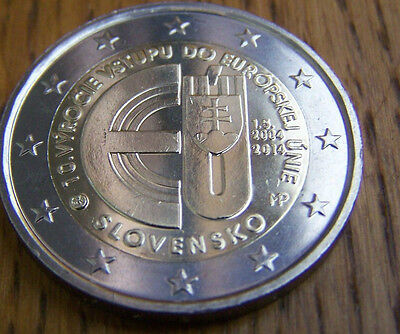 * LOT DE 5 PIECES DE - 2 EURO COMMEMORATIVE - UNC - SLOVAQUIE 2014