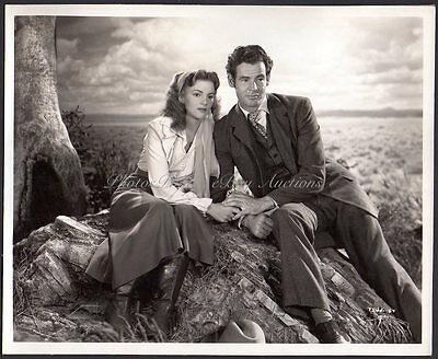 MADGE MEREDITH & ROBERT RYAN 1947 RKO western VINT ORIG PHOTO linen back