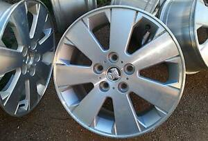 17 inch Alloy Wheels Holden Commodore Wattle Grove Liverpool Area Preview