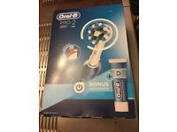 Electric Toothbrush Oral B PRO 2 2500 new sealed