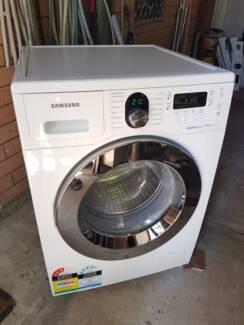 Virtually New 7.5kg Samsung Bubble Wash Front Load Washing Machin