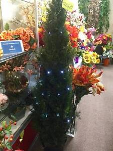 Amazing Value Artificial Pine Xmas tree normally RRP $540 Salamander Bay Port Stephens Area Preview