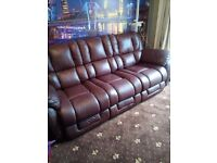 LAZY-BOY 3 SEATER SOFA AND ARMCHAIR ONLY 6 MONTHS OLD (GENUINE BARGAIN)