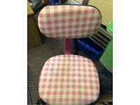Pink white check swivel office chair £7
