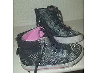 Girls Twinkle Toes Sketchers Size 12