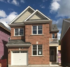 4 Bedroom Detached House For Rent in Waterdown