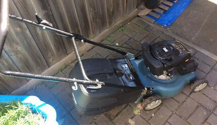 Wesco 4 stroke lawn mower