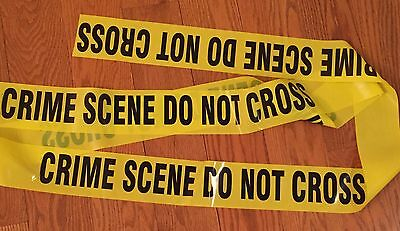 CRIME SCENE DO NOT CROSS TAPE - 25 FEET - 3 INCH WIDE - CSI FBI POLICE TAPE (Police Party Decorations)
