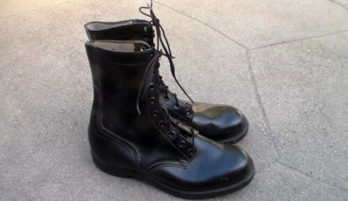 Old US Vietnam War era 1963 dated Airborne Paratrooper Jump Boots size 10R USED