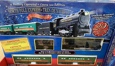 North Pole Express Christmas Train Set For Kids Ages 3+ Battery Operated 11 Feet