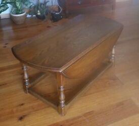 Old Charm Oak coffee table