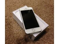 iPhone 5s Silver 16GB GOOD CONDITION (UNLOCKED)