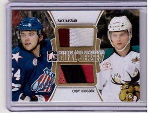 ZACK-KASSIAN-CODY-HODGSON-11-12-ITG-H-P-Rookie-Dual-Jersey-GOLD-10-Canucks