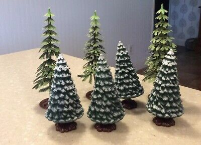 Set Of 7 Plastic Unbranded Trees For Christmas Village Or Train
