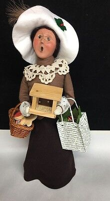 Byers Choice Caroler Traditional Shopper Christmas Packages 2006 Signed 18/100